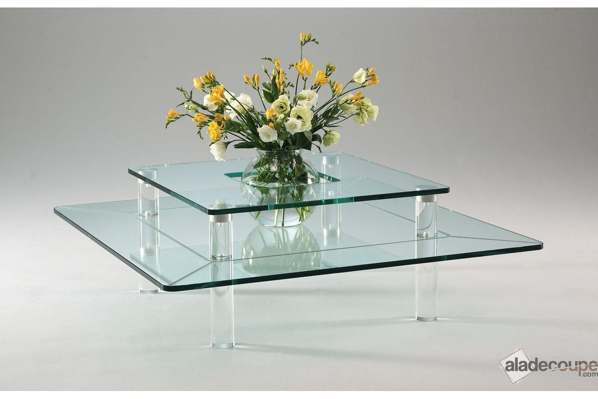 Table basse design en Plexiglas